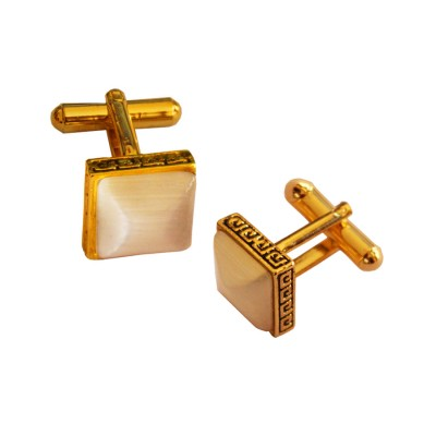 Menjewell Imported Men Golden Square Shaped Antique Cufflinks Timeless Gift for Men