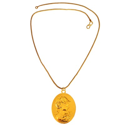 Mens Fashion Jewellery Antique Gold Queen Victoria Pendant With Chain