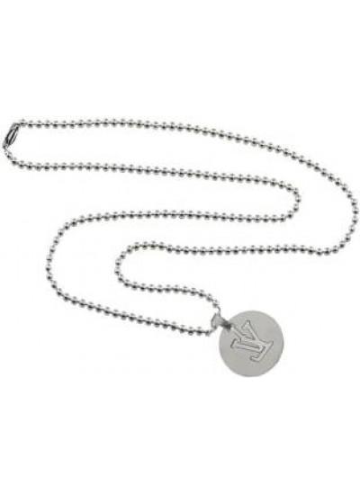 Elegant  Silver  V Word In Circle Fashion Pendant